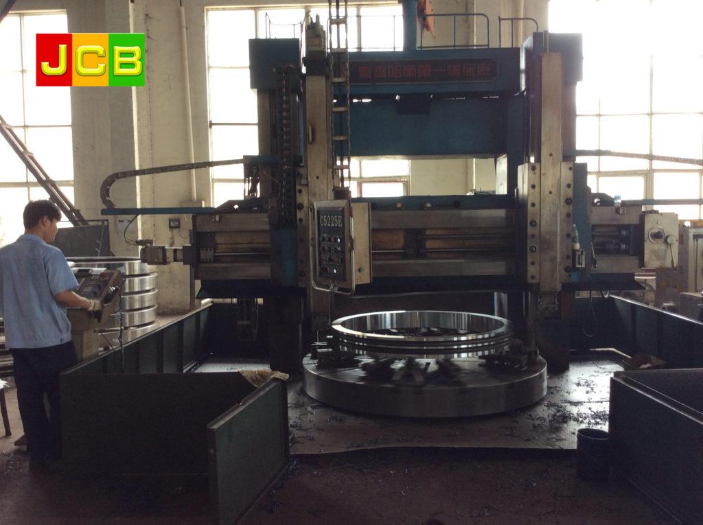1.6metre-CNC-lathe